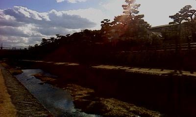 川沿い散歩