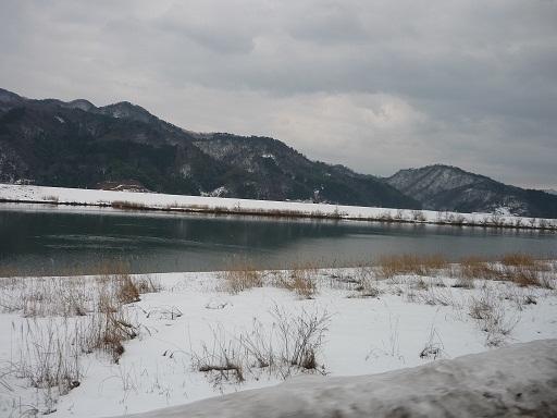 日本海に続く川2