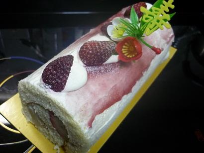 新春ロールケーキ